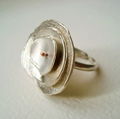 ring in silver and copper